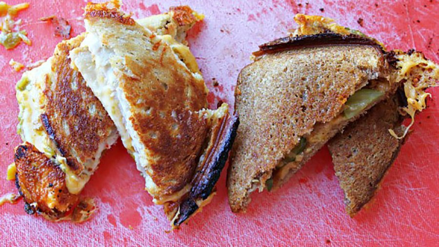 How to Make Grilled Cheese in a Pie Iron